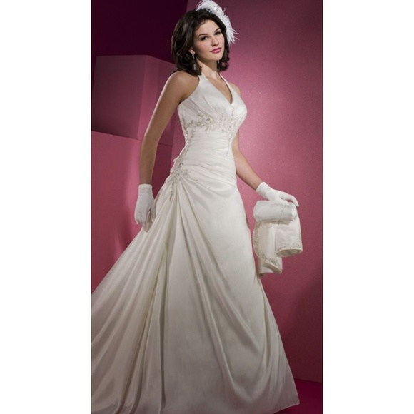 Mary\'s Bridal Dresses | White Halter Style Wedding Dress 3y920 ...